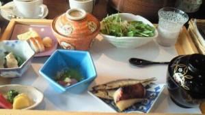 きらの里食事 (1)