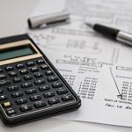 マイナス金利導入で生活防衛資金を何で保有するか。預金、国債?