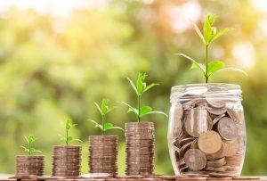 貯蓄率3割を目安に貯めていき、投資と併用で資産形成を加速させる